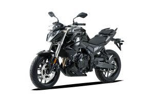 Voge 500R - black - 04.jpg