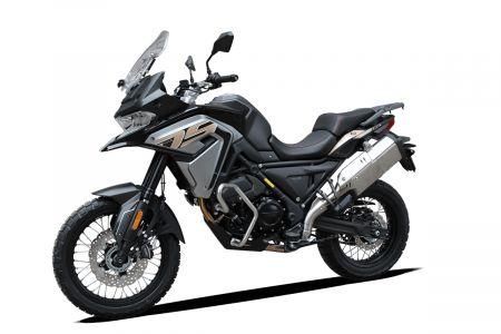 Voge 650DSX - black - 04.jpg