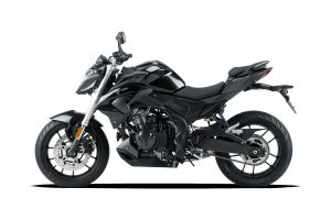 Voge 500R - black - 05.jpg